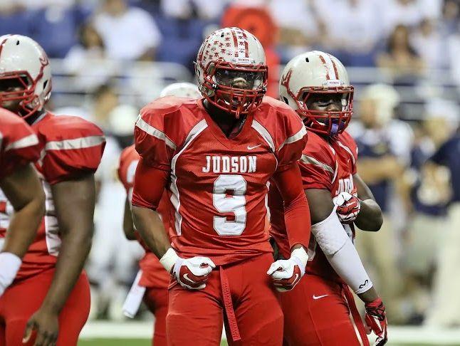 Judson senior defensive end Alton Robinson (9), who has committed to Texas A&M, has four sacks this season.