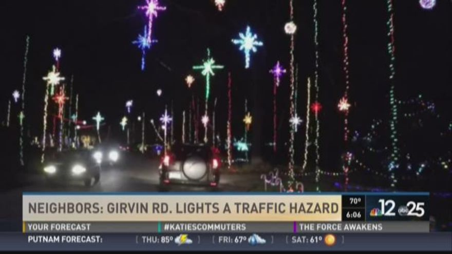 String Christmas Lights Together : Christmas light spectacular prompts congestion at Blackhawk Bluff