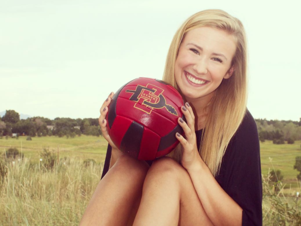 Erin Gillcrist commits to San Diego State University for Volleyball