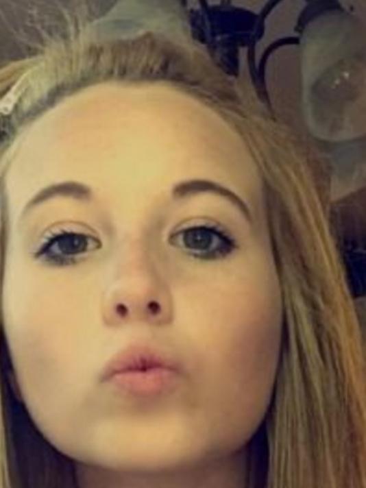 Ebby Jane Steppach, 18, Missing Since October 24, 2015 - Little Rock, AR 635816475067053320-ebby