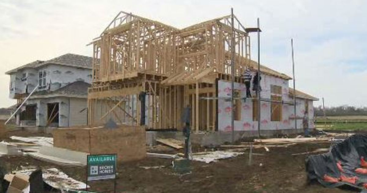Subdivision with affordable homes under construction in se Affordable house construction