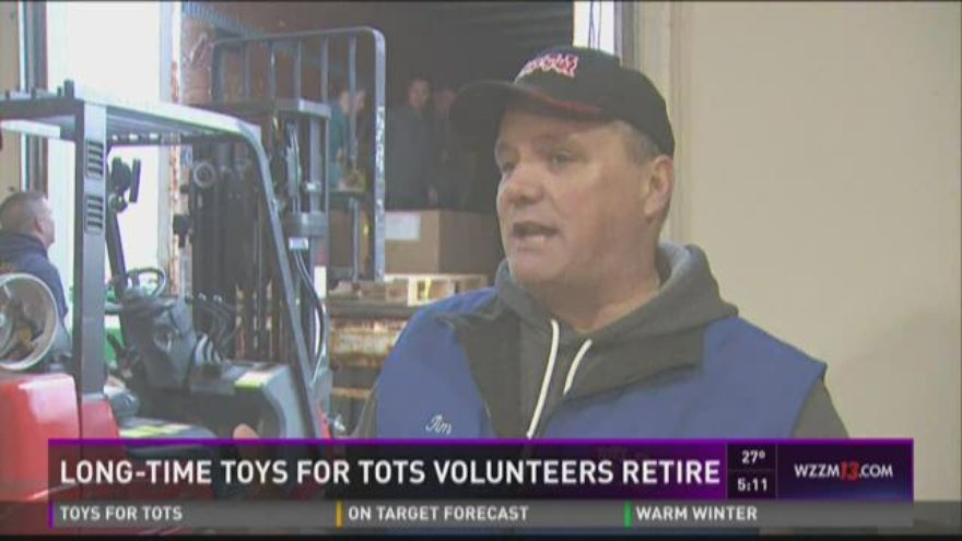 Toys For Tots Volunteers : Longtime toys for tots volunteers retire