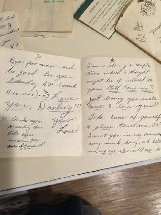 Old Love Letter In Trash Electrician Wants To Give It