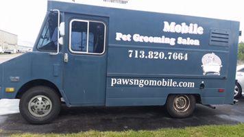 635929905612827342 pet grooming