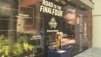635935775034372962 road to the final four