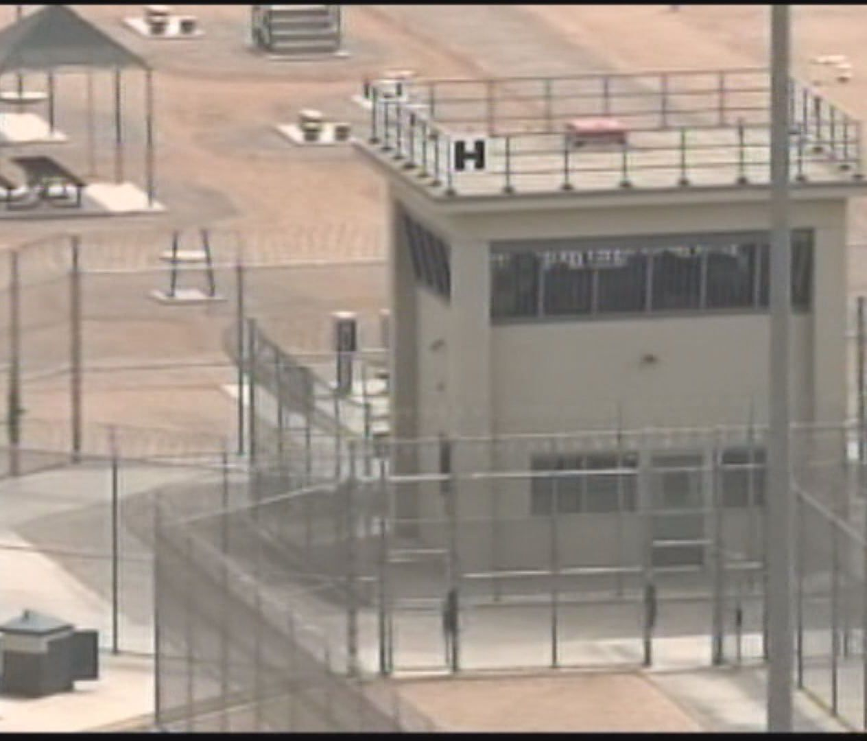 After Riot, Arizona Prison Moves 700 Inmates