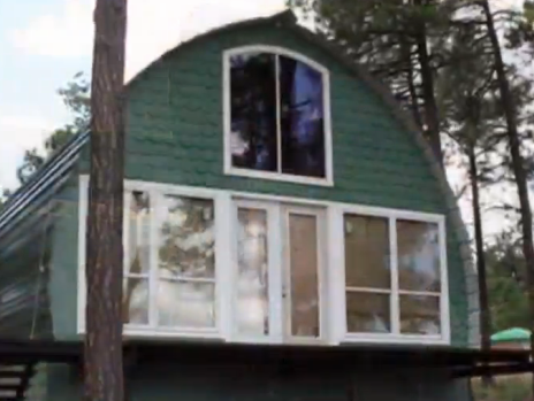 Arched cabins let people build their own home for Build your own a frame cabin