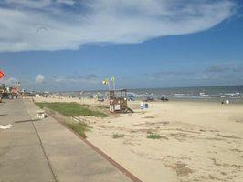 635710032735347736 beach