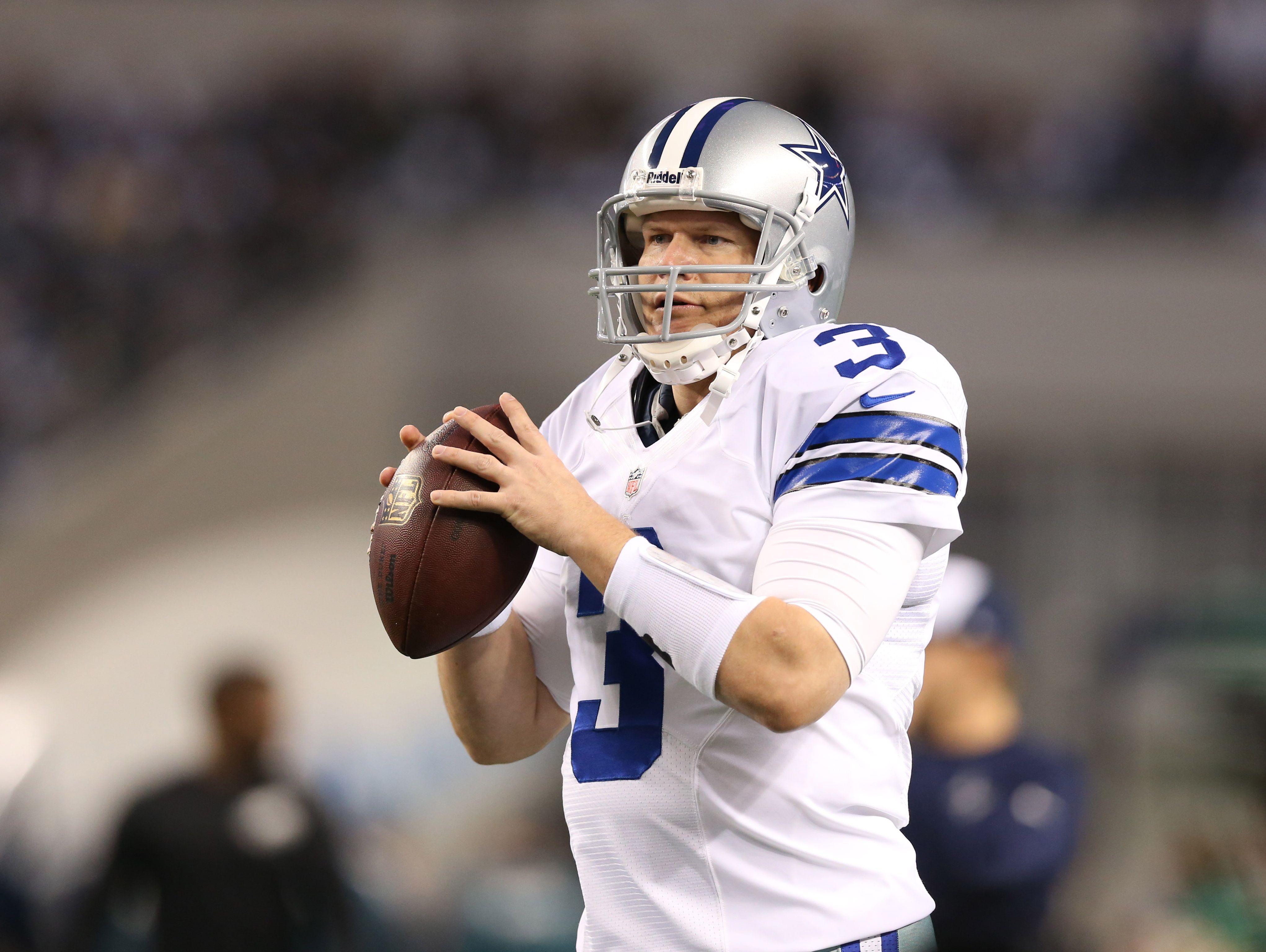 Former Cowboys quarterback and Lincoln football coach Jon Kitna headed back to Texas to coach at Waxahachie High School next year.