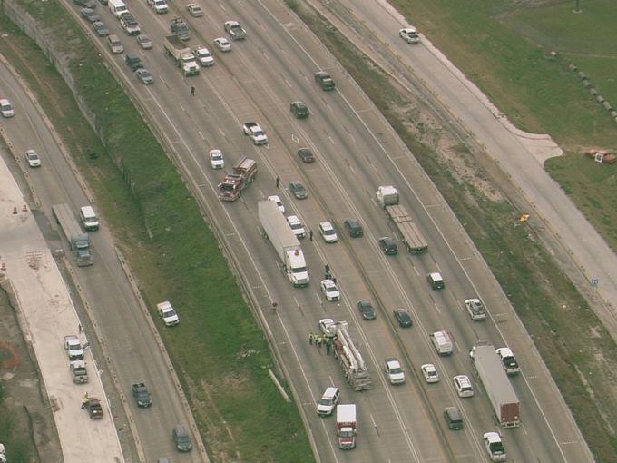 Naked, Dancing Woman Shuts Down Houston Highway - News On 6