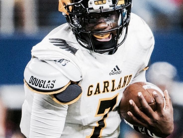 Garland QB Jacoby Williams passes for 300 yards in Sachse win.