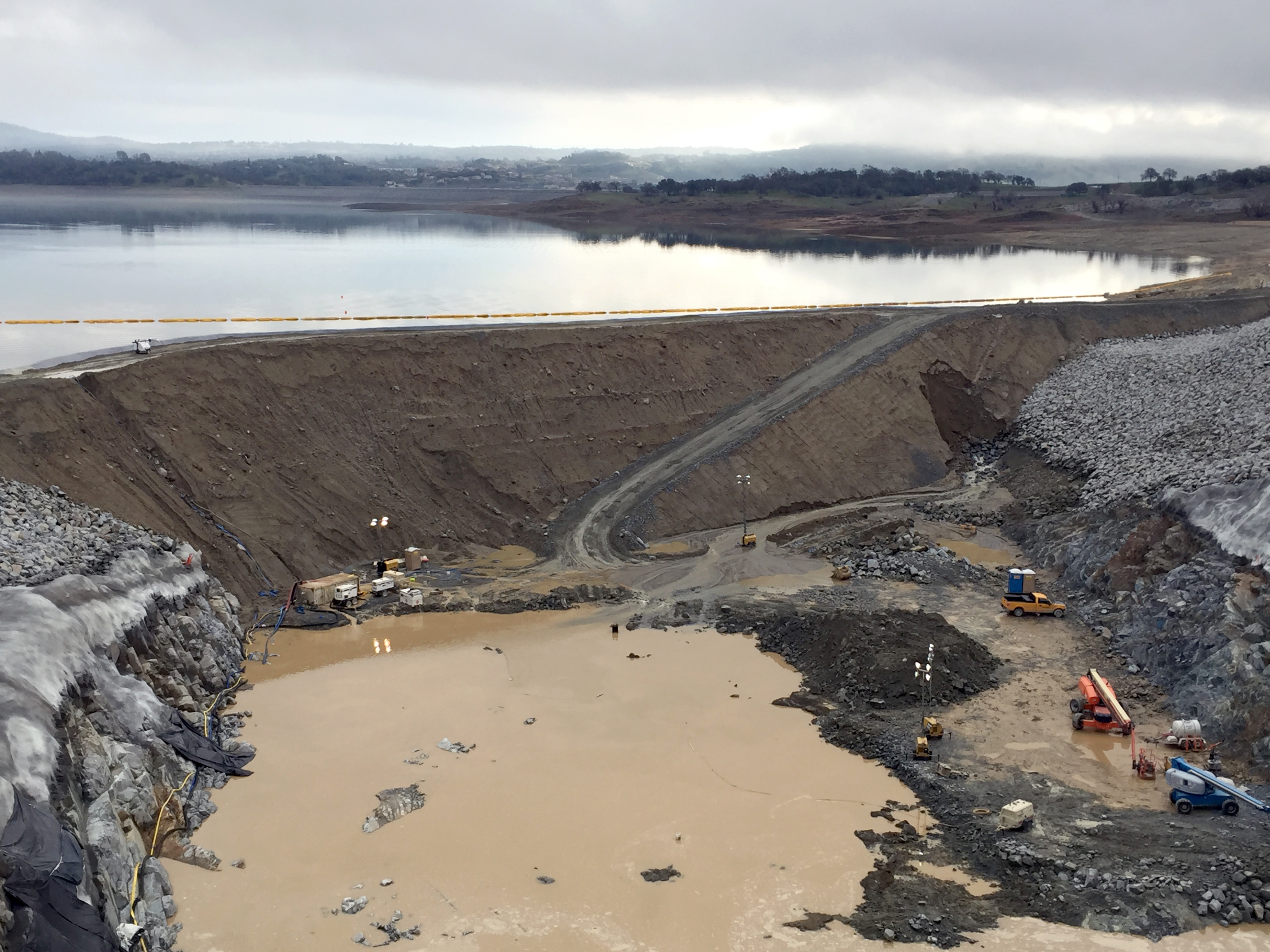 Leaking Dam In Folsom Project Stabilized News Folsom